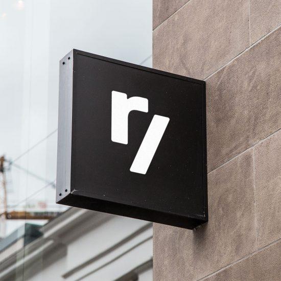 hanging-24